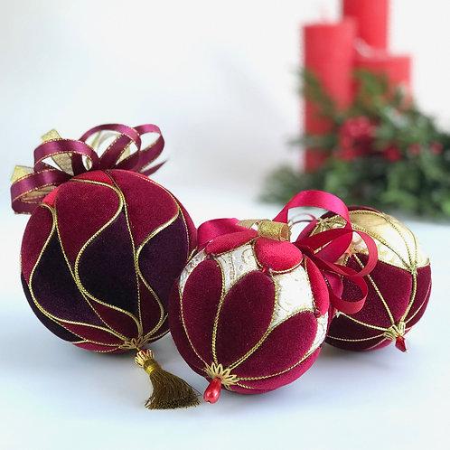"""Набор новогодних шаров  """"Крюшон"""""""