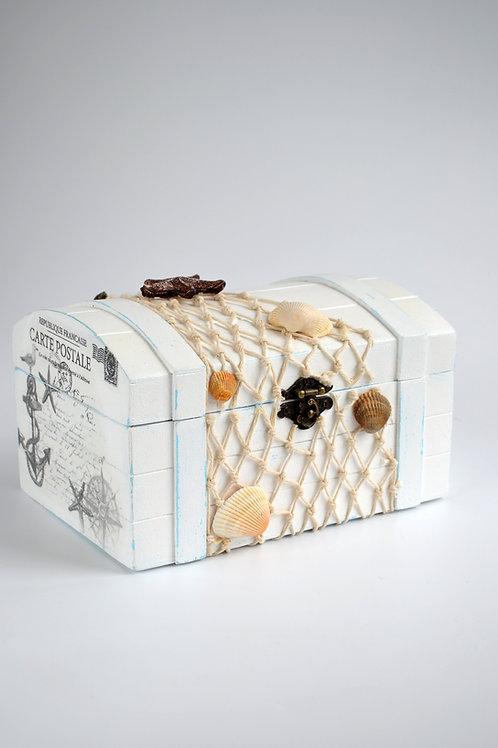 Декоративный сундук в морском стиле