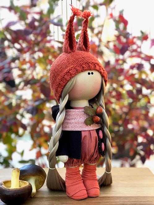 Интерьерная текстильная кукла-белочка