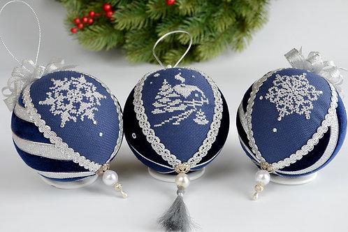 Набор новогодних шаров «Гжель»