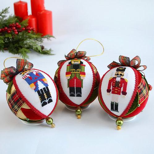Набор новогодних шаров «Рождество в Шотландии »