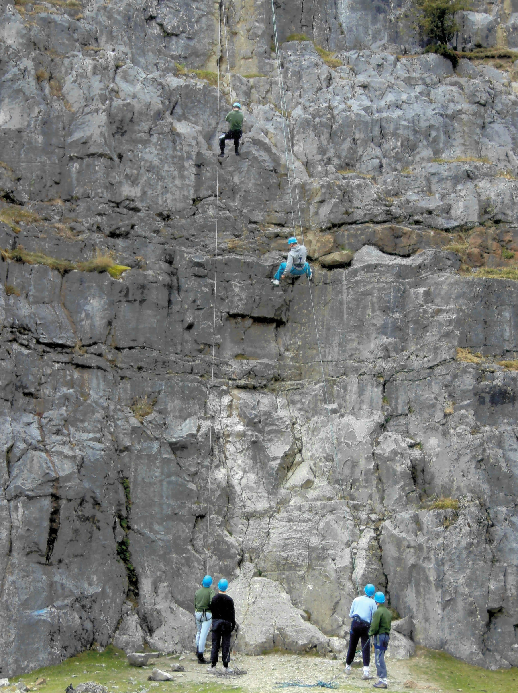 Intro to Rock Climbing Langattog