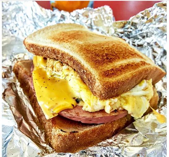 BaloneySandwich.png