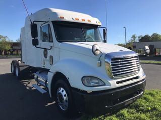 Trucks For Sale! 2006 Freightliner Columbia