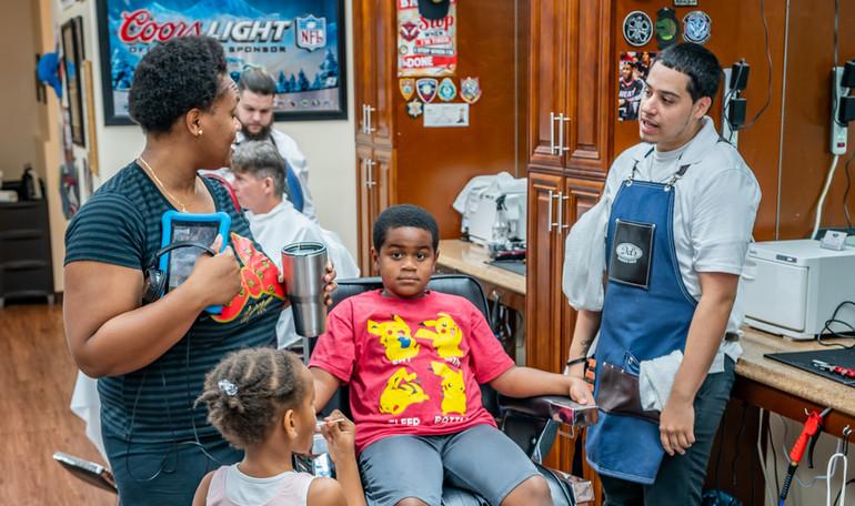 Del's Barber Shop-11.JPG