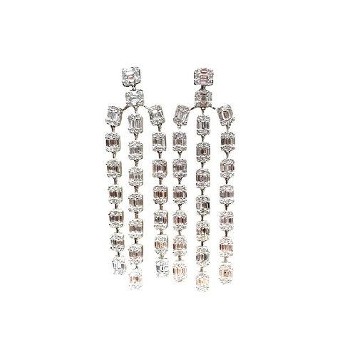 Pie-Cut Emerald Diamond Prong Set West Style Chandelier Earring