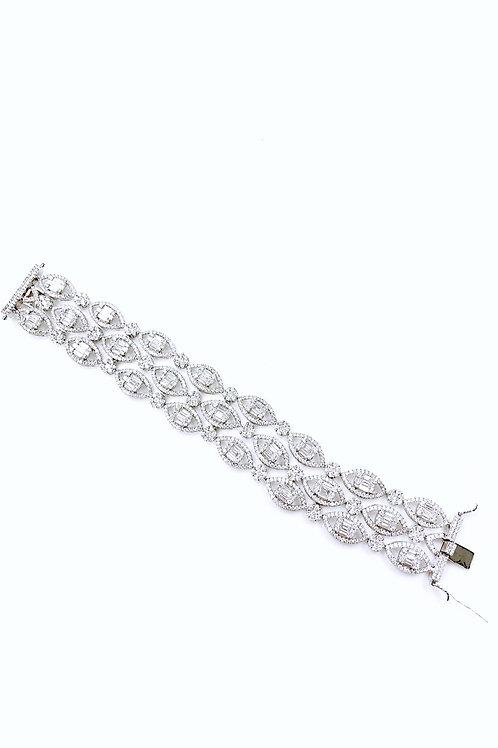 Pie-Cut Emerald Diamond Prong Set Pear Halo Triple Band Bracelet