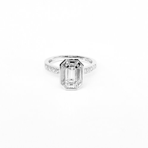 Pie-Cut Emerald Diamond Bezel Set Simple Ring
