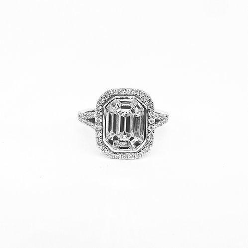 Pie-Cut Emerald Diamond Bezel Set Halo Split Band Ring