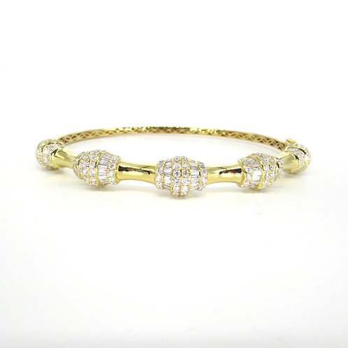 Yellow Gold Fancy Shaped Simple Bangle