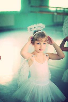Балетная студия приглашает детей от 3 до 12 лет. Занятия балетом, классическая хореография в Москве