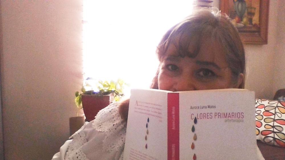 Colores Primarios, Arteterapia, libro presentado por Aurora Luna Walss
