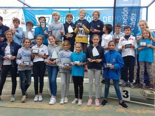 Lluvia de Trofeos para los optimist en el provincial de Sanlucar