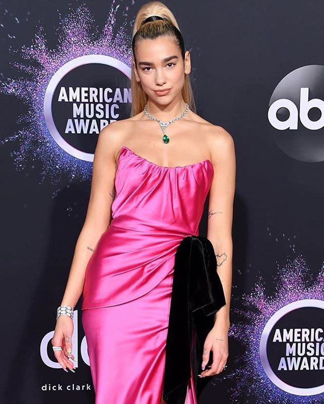 Dua Lipa X AMA awards