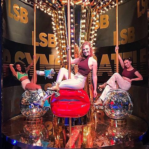 #tbt #throwback chillin on a carousel ma