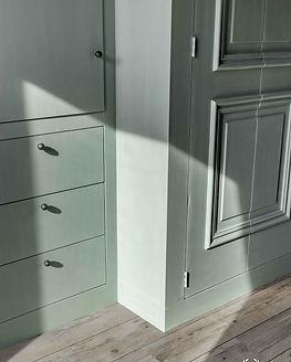 Moonstone-Fresco-lime-paint-Iris-Floor-p