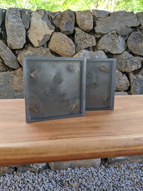Coaster / Tray Set (2) | Black Resin + Mango Wood Shavings