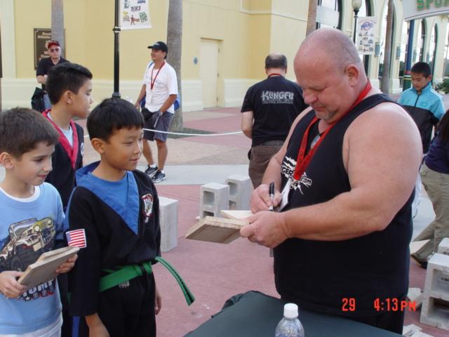 Disney wide world of sports 10-29-05 041.jpg
