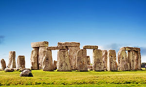 TopAttractions-Stonehenge-750px.jpg