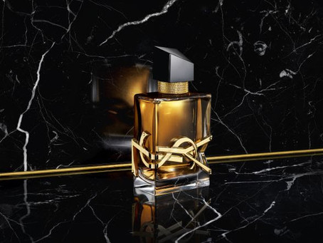 Yves Saint Laurent Beauté lança o perfume Libre Eau de Parfum Intense.