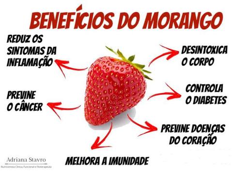 Morango, uma fruta da época com benefícios surpreendentes.
