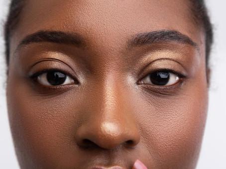 Botox ou cirurgia? Saiba quais os procedimentos para levantar a sobrancelha.