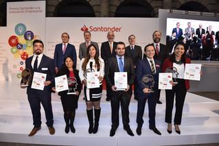 Santander premia a los jóvenes emprendedores del país