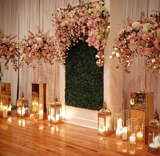 Grass Wall Wedding Ceremony Backdrop