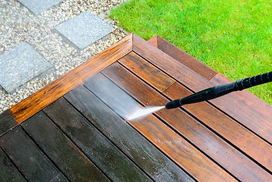 cleaning terrace with a power washer - h