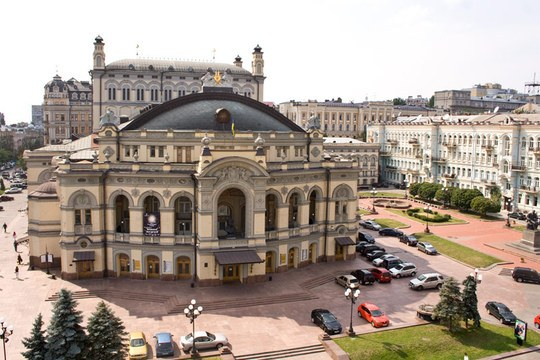 opernyy-teatr_1