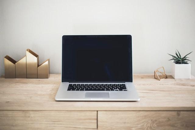 e-commerce: imagem de notebook