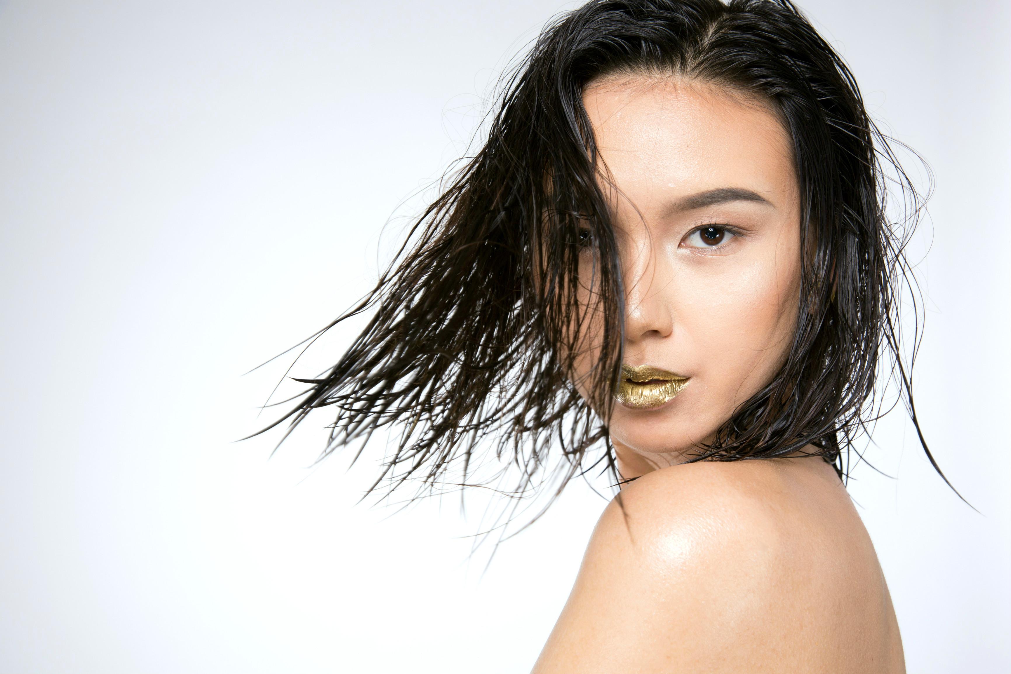 Wet Look - Naomi S.