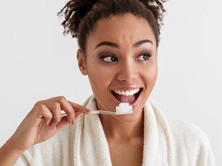 Um creme dental experimental visa tratar a alergia ao amendoim
