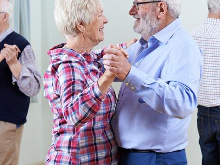 Praticar dança pode reduzir o declínio motor e cognitivo do Parkinson