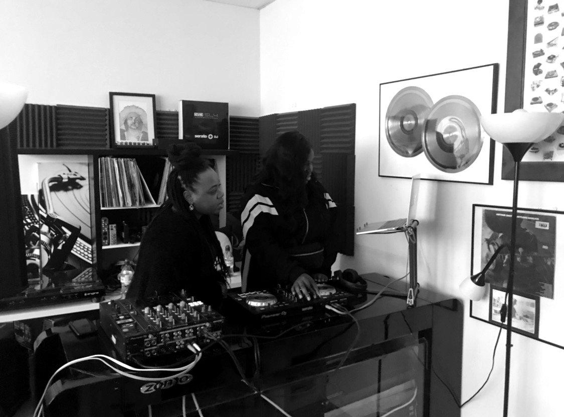 Bestie DJ Lesson