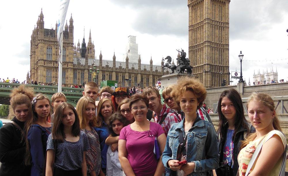 Ежегодные летние поездки в Англию