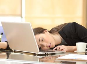 พฤติกรรมมาสาย หายบ่อย อาจบอกว่าคุณกำลังเป็น Burnout Syndrome