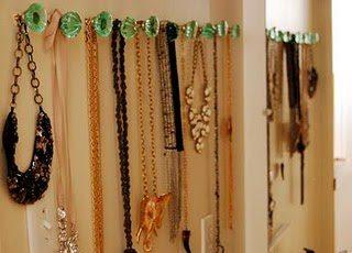 Organização de bijuterias