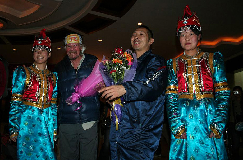 earthwalker with Tentsukuman at Reception in Inner Mongolia