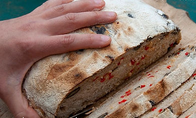 pauli bread cut small web.jpg