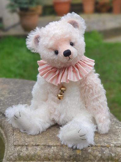 Chantilly Rose
