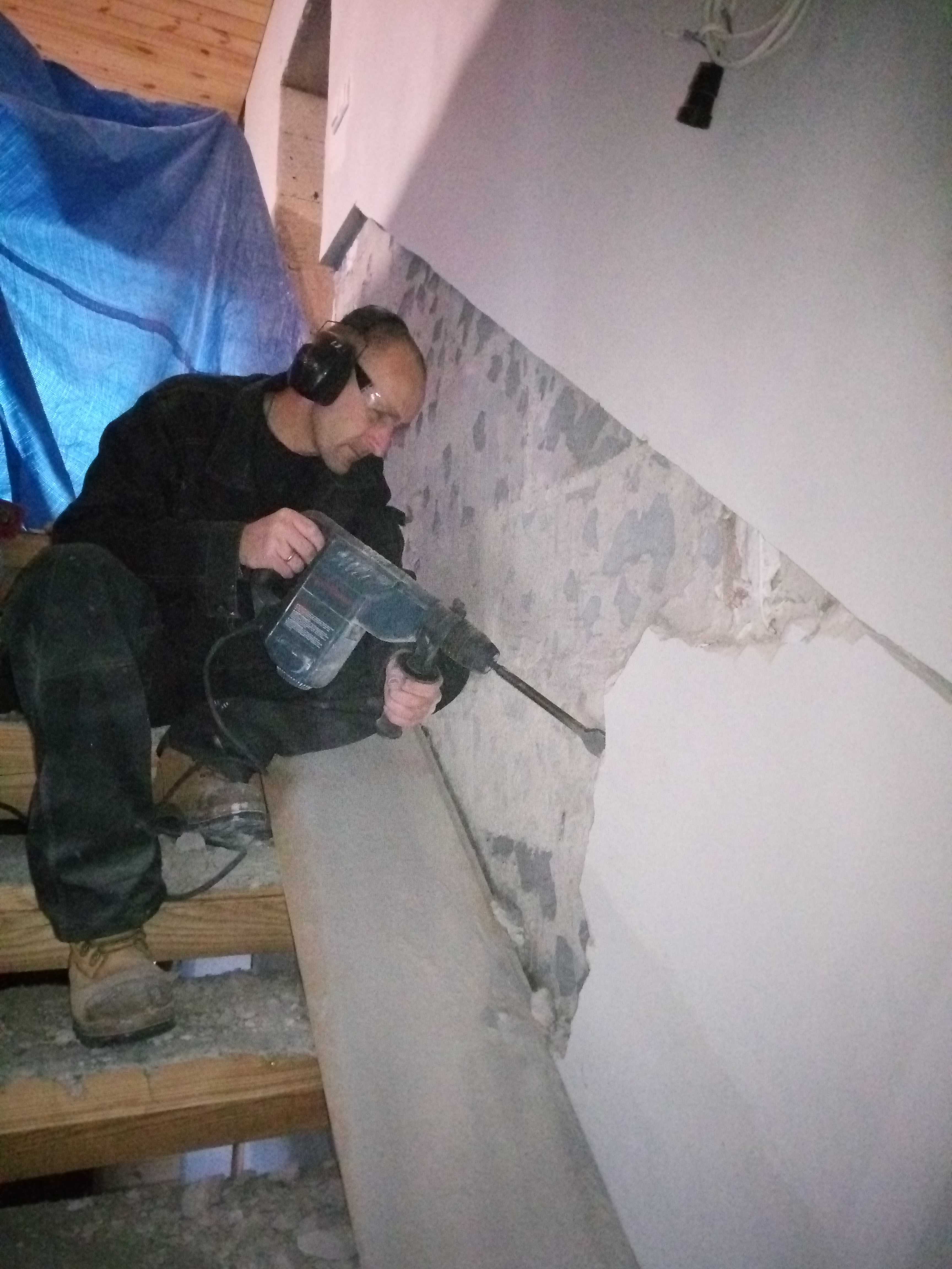 lamperie i schody drewniane