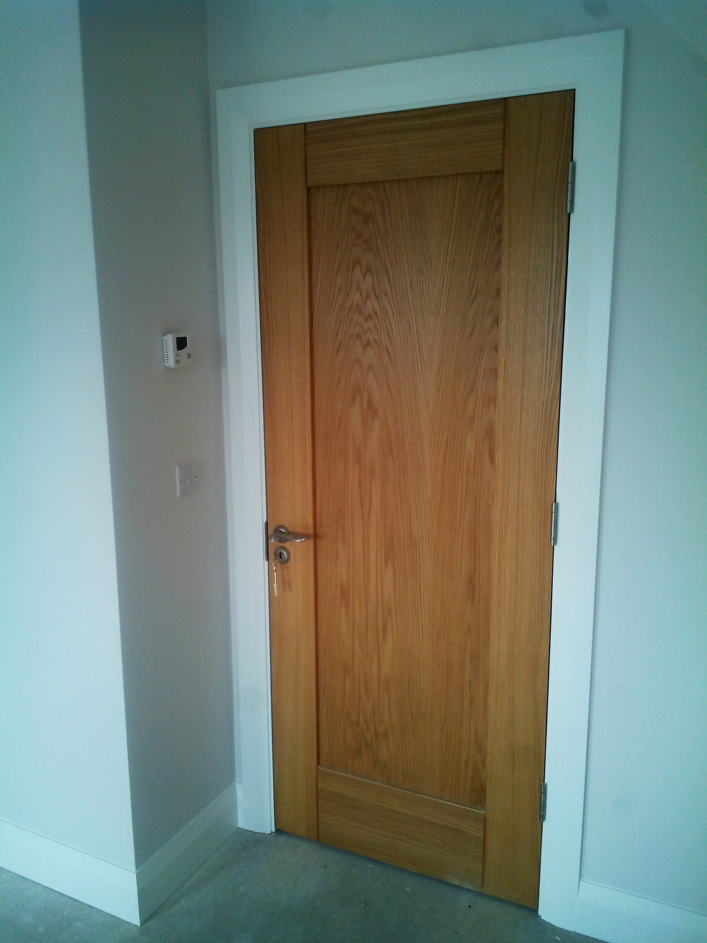 Drzwi bezprzylgowe