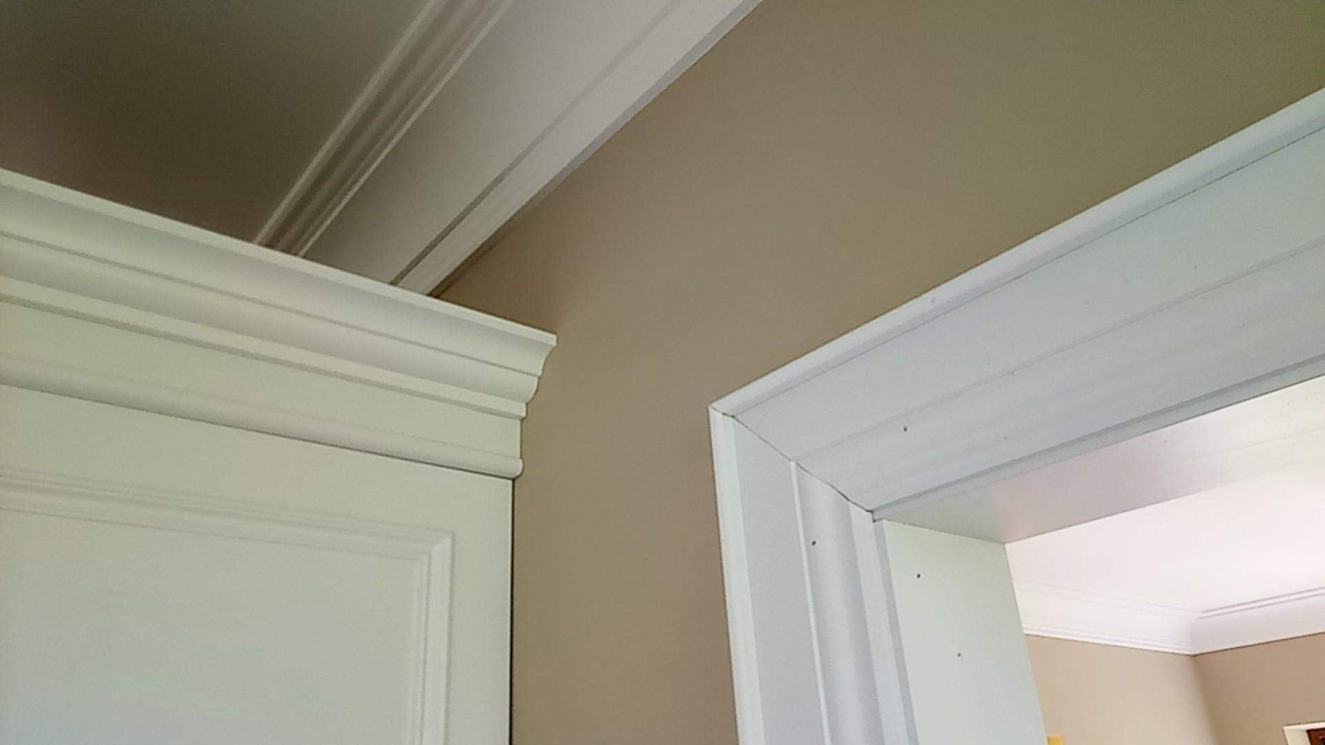 Sztukateria sufitowa drewniana