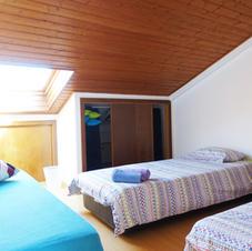 Triple shared room