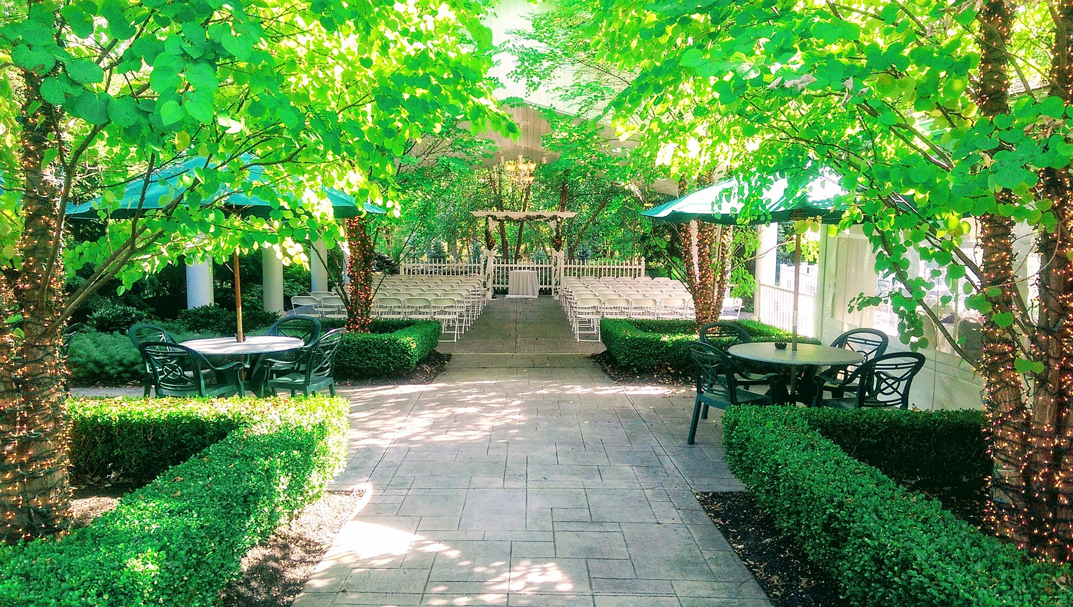 Wedding and event venue buffalo ny kloc 39 s grove - The wedding garden carbondale il ...