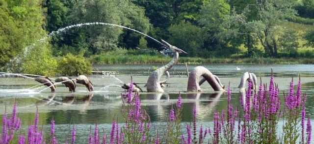 rock-park-lake