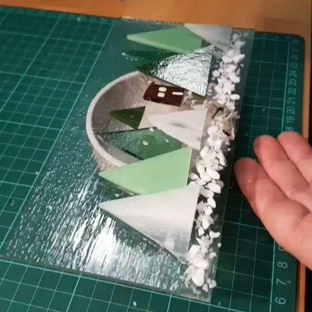Making a snowy scene in glass