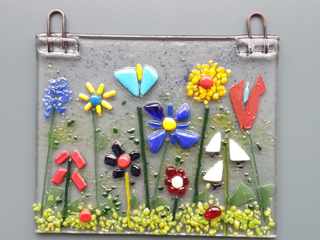Making Happy Flowers with Fused Glass