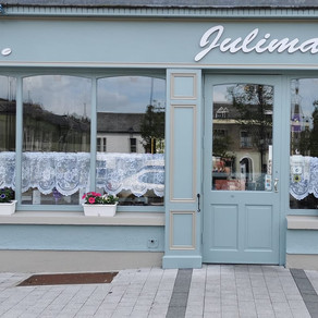 JuliMay's Cafe - Before The Off - Painting by Chris Quinlan Art